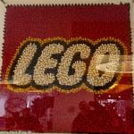 LEGO Logo - schaut euch die Nahaufnahme an